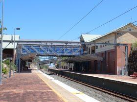 QR Ormeau Rail Station Scaffolding